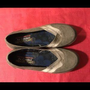 Skechers gray flats 8.5 NWOT